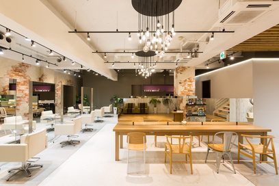 Roops Hair Salon in Omotesando