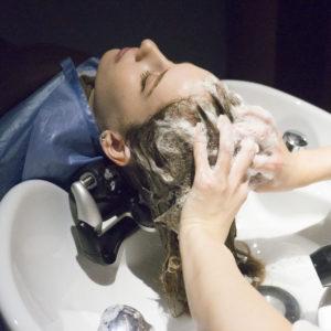 頭水療, 東京美髮沙龍