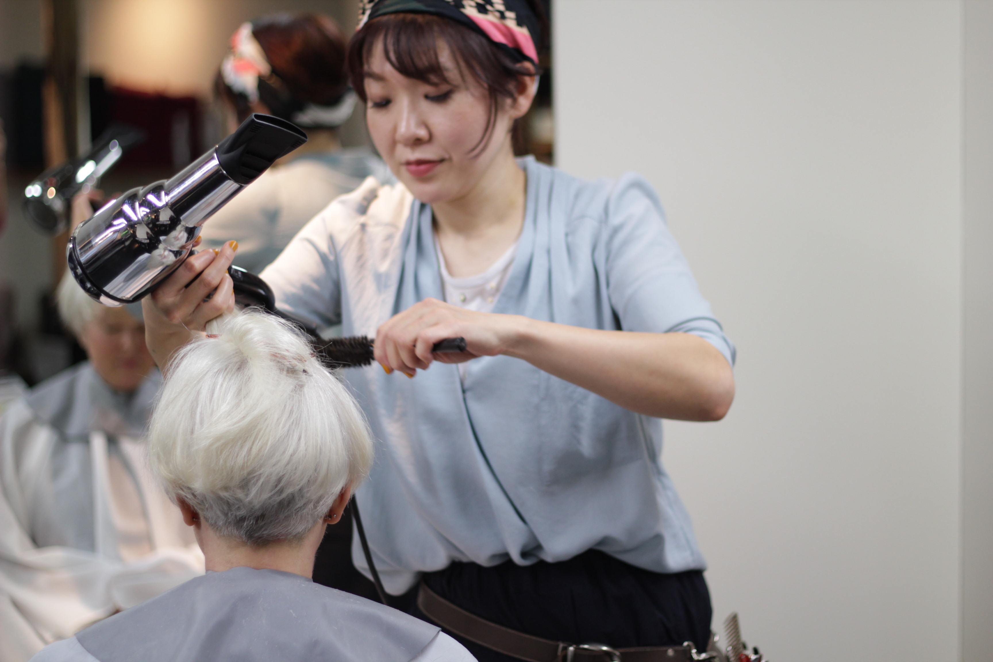 Best Hairdresser, English-speaking Hair Salon, Pond Hair, Tokyo, Japan