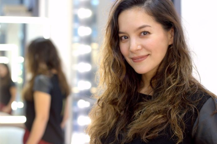 Get Natural-Looking Waves with Japanese Air Wave Perm