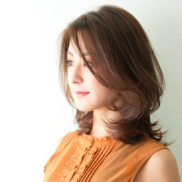 Japanese hairstyle 2 - for medium length hair (by INSOLITE BEAUTE salon, Tokyo)