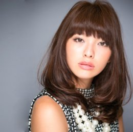 Japanese hairstyle 3 - for medium length hair (by INSOLITE BEAUTE salon, Tokyo)