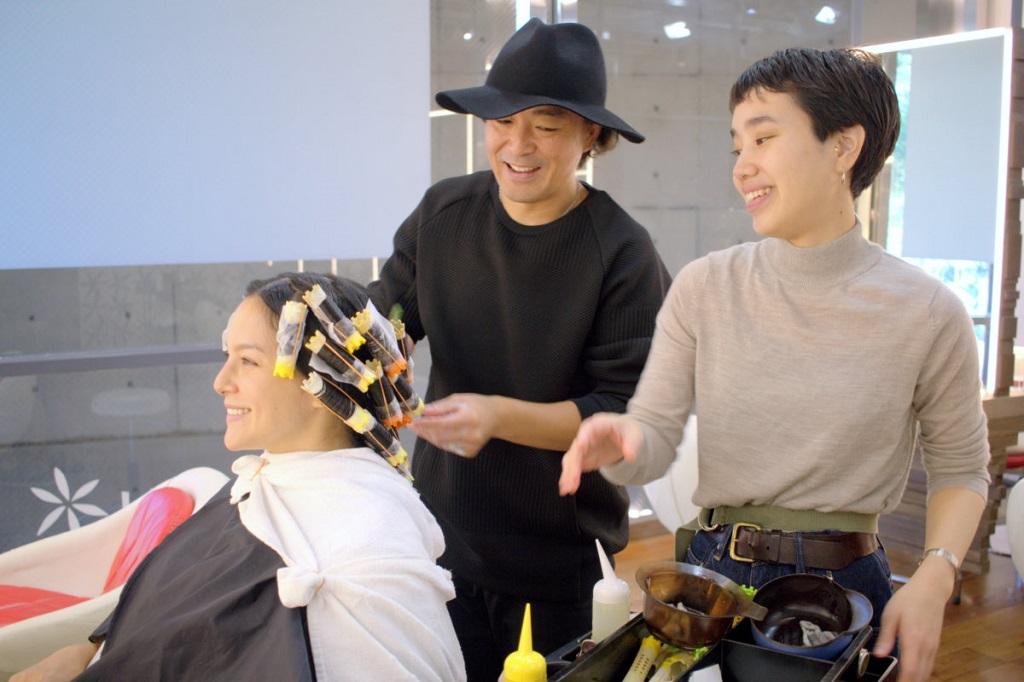 Salon gói CHỐNG - Hình ảnh 5 - cuộn tóc hoàn hảo cho con sóng lớn và mềm mại
