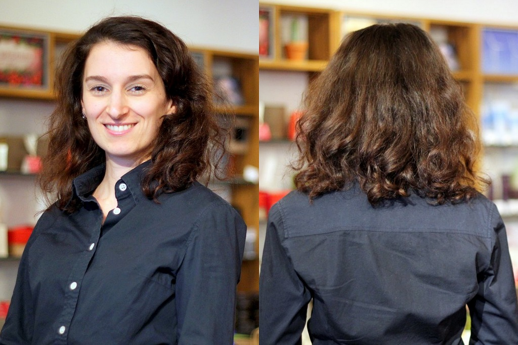 Salon INSOLITE BEAUTE package - Picture 1 - Curly frizzy hair before the haircut and hair treatment