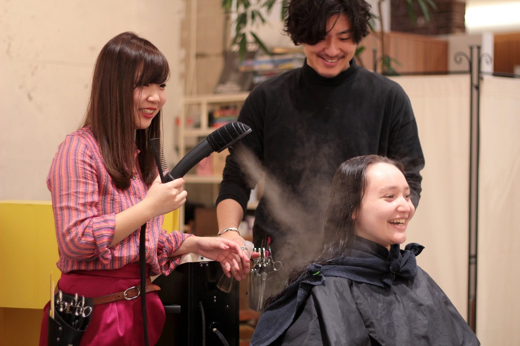 Salon NORA package - Picture 5 - hair treatment with use of hair steam