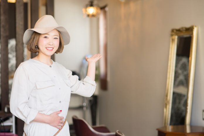 The Differences Between American and Japanese Hair Salons