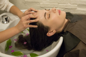 Total Relaxation with a Therapeutic Medicated Herbal Oil Head Spa in Tokyo